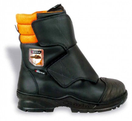 Cofra Strong Class 3 chainsaw boot