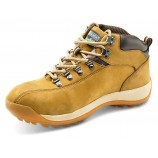 Click Traders Chukka Boot Honey